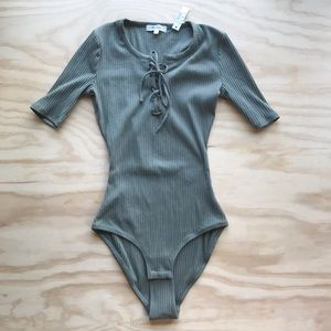 nwt Madewell green ribbed lace-up bodysuit